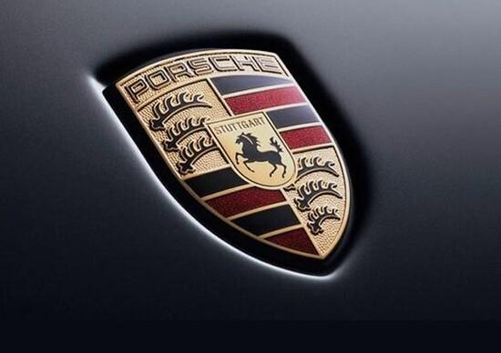 Porsche, addio ai diesel