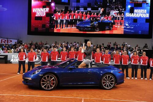 Maria Sharapova positiva al doping: sospesi i contratti, anche con Porsche (5)