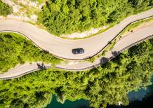 Emozionarsi con la Kia Stinger GT Line (nelle curve più belle e meno scontate d'Italia)