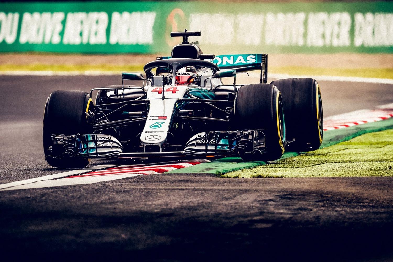 F1, GP Giappone 2018: vince Hamilton. Sesto Vettel