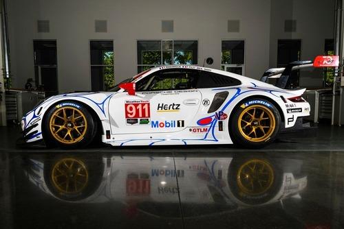 Porsche, livrea in onore della 911 GT1 vincitrice della 24h a Le Mans nel 1998 (2)
