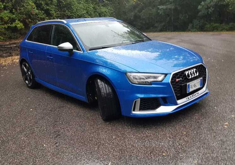 Audi RS3: Scoppietta, ruggisce, si stiracchia, ma sa anche andar piano [video]