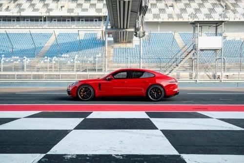 Porsche Panamera, arrivano le versioni GTS (3)