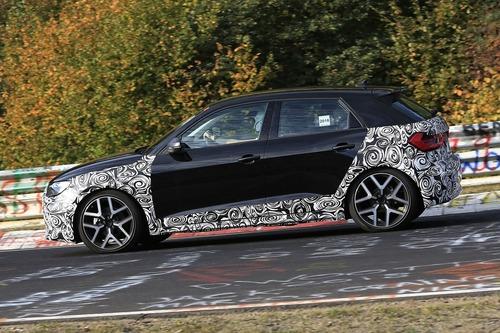 Audi A1 Allroad, avvistata al Nürburgring [Foto spia] (3)