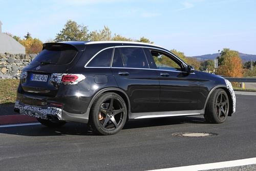 Mercedes-AMG GLC 63, restyling in arrivo (2)