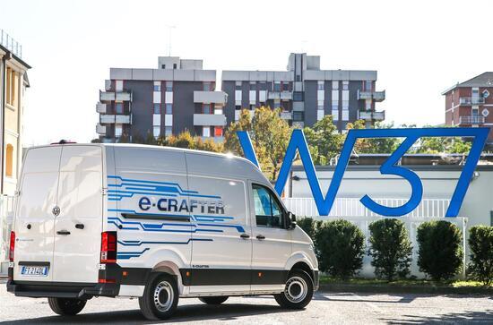 Il nuovo e-Crafter si basa sul modello di seconda generazione del Crafter, quello 100% made in VW
