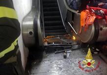 Roma, cede scala mobile della metro A: 24 feriti [Video]