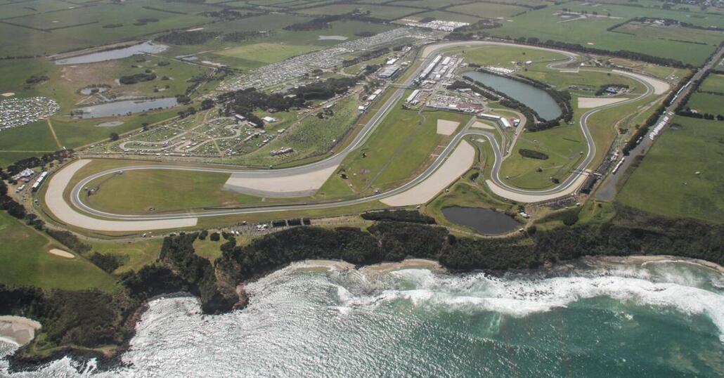 Moto Gp, in Australia vince Vinales. Sul podio Iannone e Dovizioso