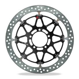 Questo disco di una superbike è caratterizzato da una fascia frenante di altezza inferiore (30 mm) rispetto a quella delle sportive stradali (34 mm). Lo spessore però è nettamente maggiore, e sui circuiti più gravosi per i freni (come Imola e Donington) può arrivare fino a 7,1 mm