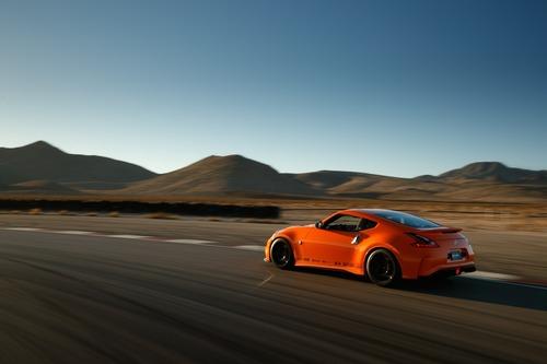 Nissan 370Z Project Clubsport 23, allestimento racing per la pista (7)