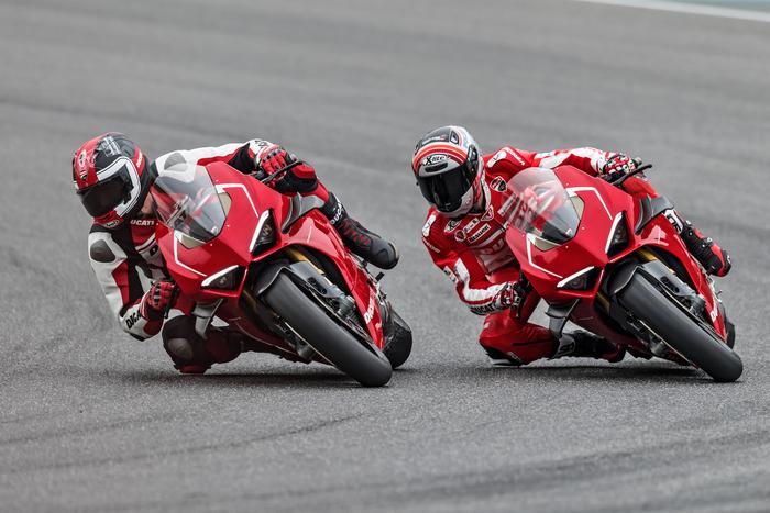 Eicma 2018 Ducati Panigale V4R: scheda tecnica, foto, prezzo