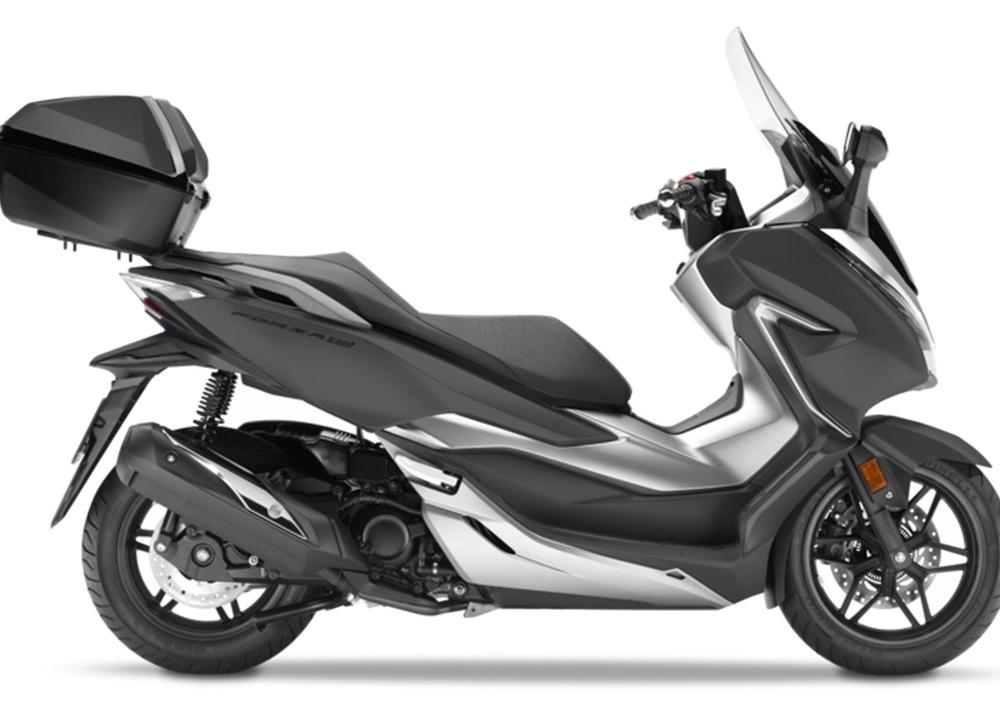 Honda Forza 300 Deluxe Abs 2018 19 Prezzo E Scheda Tecnica