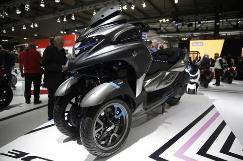 EICMA 2018: Yamaha 3CT 300 Concept (2)