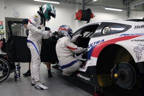 Alex Zanardi verso la 24h di Daytona 2019: completati i test sulla BMW M8 GTE (3)