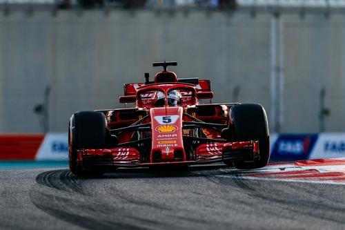F1, GP Abu Dhabi 2018: Hamilton, solito copione (4)