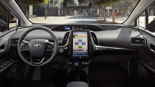 Toyota Prius, trazione integrale al Salone di Los Angeles (5)
