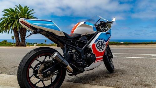 Yamaha R3: arriva il kit per trasformarla in café racer (2)