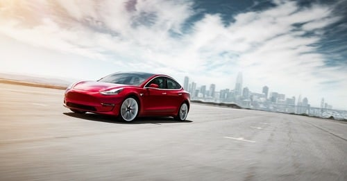 Tesla Model 3, in Italia costa 59.600 euro (7)