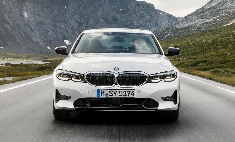 BMW Serie 3 330i xDrive Sport (3)