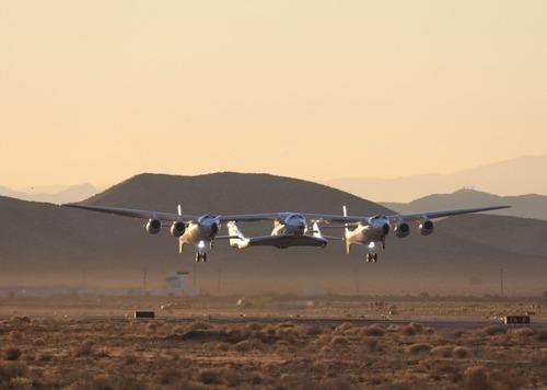 Virgin Galactic: il volo di SpaceShipTwo apre le porte al turismo spaziale (5)