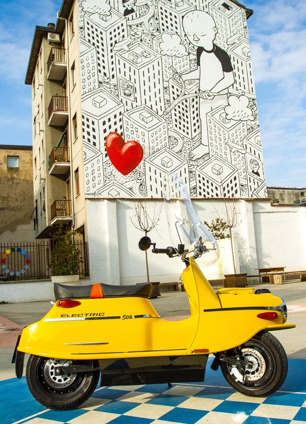 Test scooter elettrico. Cezeta 506, retrò con uno sguardo al futuro