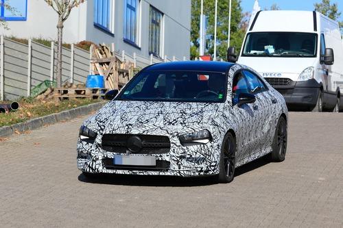 Mercedes, in arrivo le potenti CLA 35 e 45 AMG [Foto spia] (4)