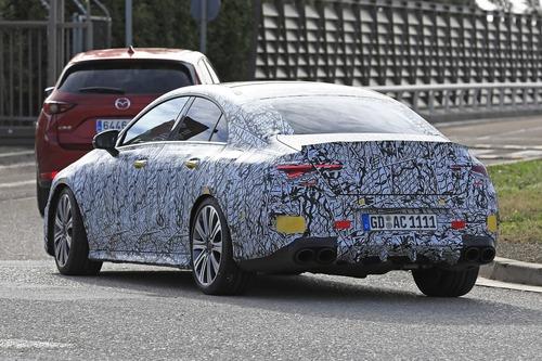 Mercedes, in arrivo le potenti CLA 35 e 45 AMG [Foto spia] (2)