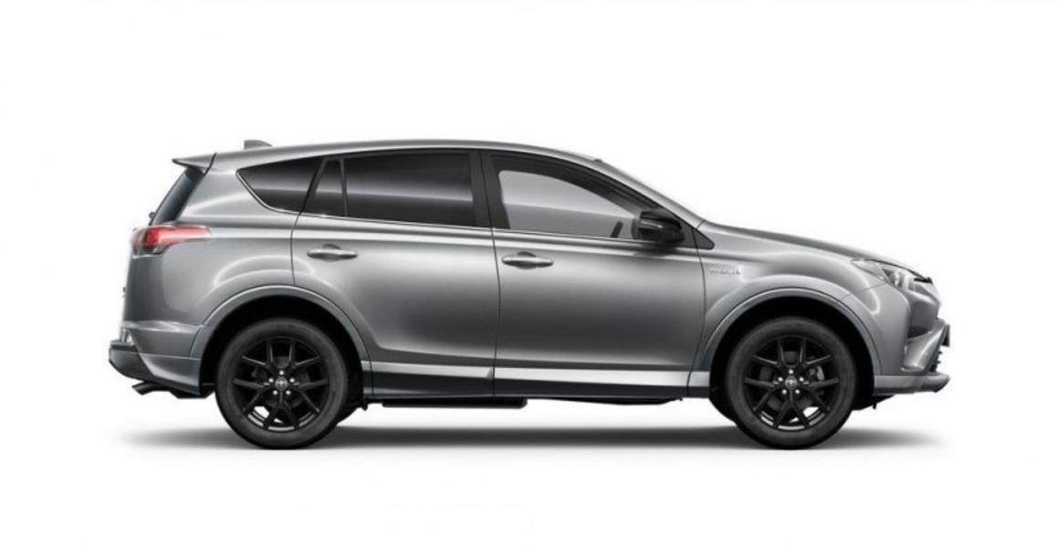 Toyota RAV4 (2)