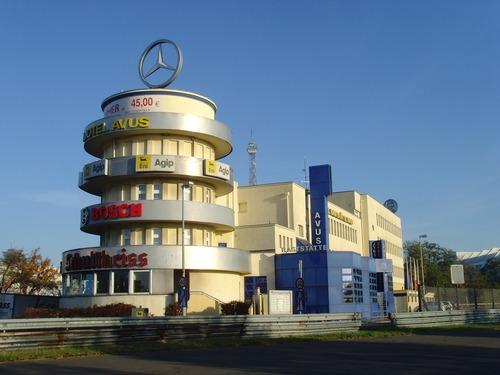 Berlino: le vecchie tribune dell'Avus si trasformano per il centenario del '21 (2)
