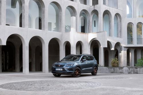 Cupra Ateca, SUV da 300 CV e finiture top per famiglie veloci [Video] (4)