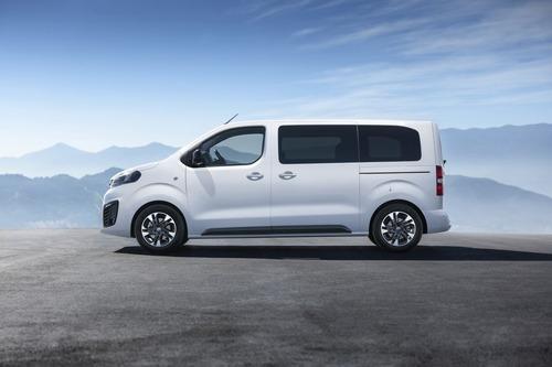 Opel Zafira Life, il monovolume dell'era PSA (7)