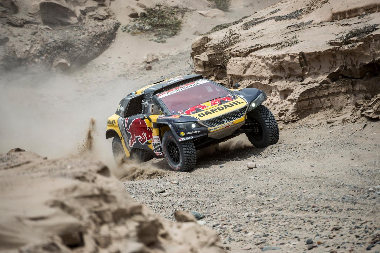 Dakar Perù 2019 Loeb-Peugeot. Non il giorno ideale per affrontare il Rally nel caos
