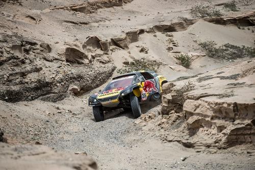 Dakar Perù 2019 Loeb-Peugeot. Non il giorno ideale per affrontare il Rally nel caos (8)
