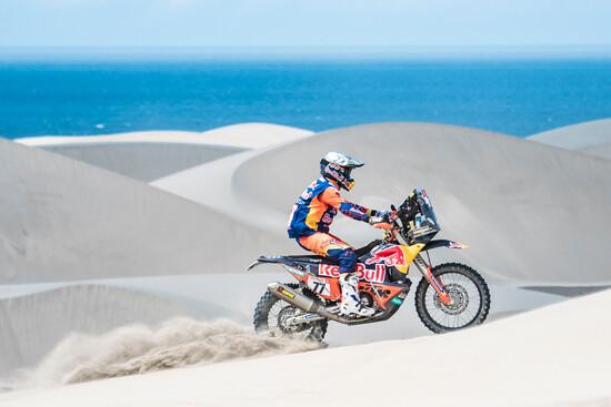 Luciano Benavides (ARG) in azione nella tappa 6 della Dakar 2019