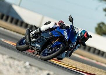 Yamaha YZF-R3, TEST: sempre più vicina ad R6 ed R1