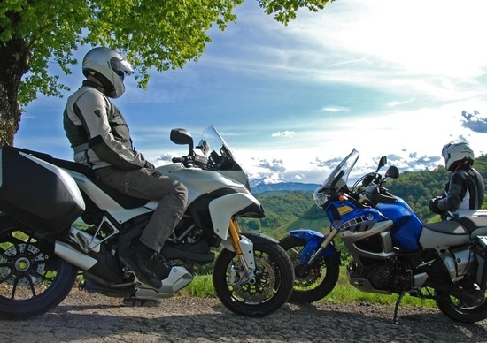 Ducati Multistrada 1200 S vs Yamaha XT1200Z Super Ténéré