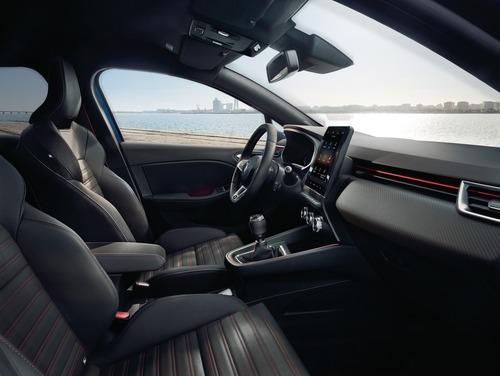 Nuova Renault Clio, svelati gli interni (2)
