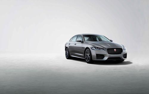 Jaguar XF e XF Sportbrake, arriva la serie speciale Chequered Flag (8)