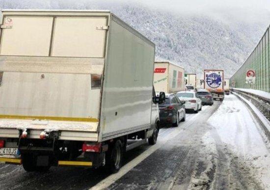Caos neve, l'A22: disagi causati anche dal mancato rispetto delle regole