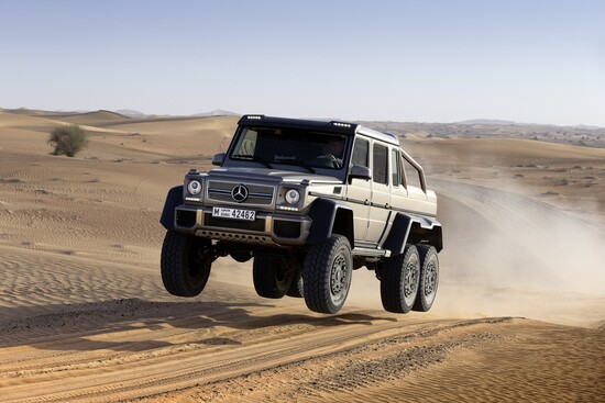 Il folle Mercedes-AMG G 63 6x6