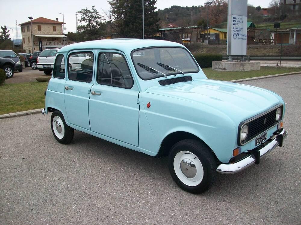 4 L d'epoca del 1980 a Corciano (3)