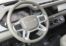 Nuova Land Rover Defender 2020: classica anche dentro [foto interni]