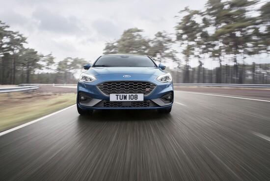 Il muso della Ford Focus ST 2019