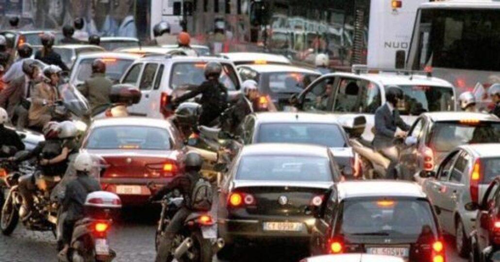 Roma: guerra ai diesel e nuove regole per i parcheggi