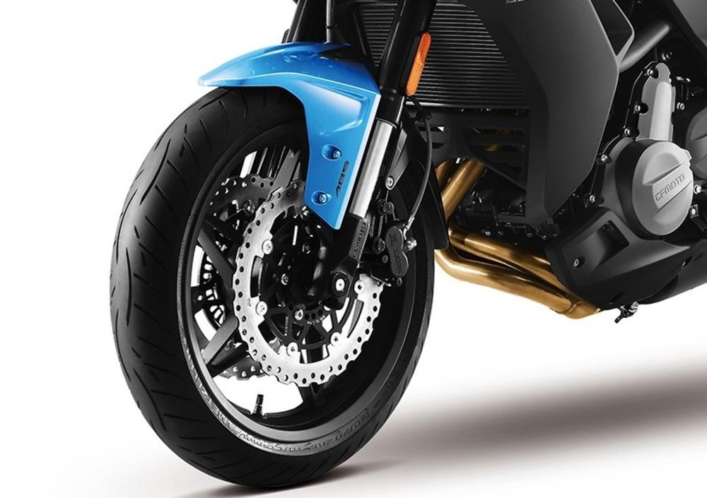 CF Moto 400 NK (2019 - 20), prezzo e scheda tecnica - Moto.it