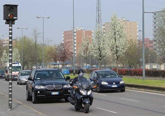 Autovelox a Milano, illegittimi perché non omologati