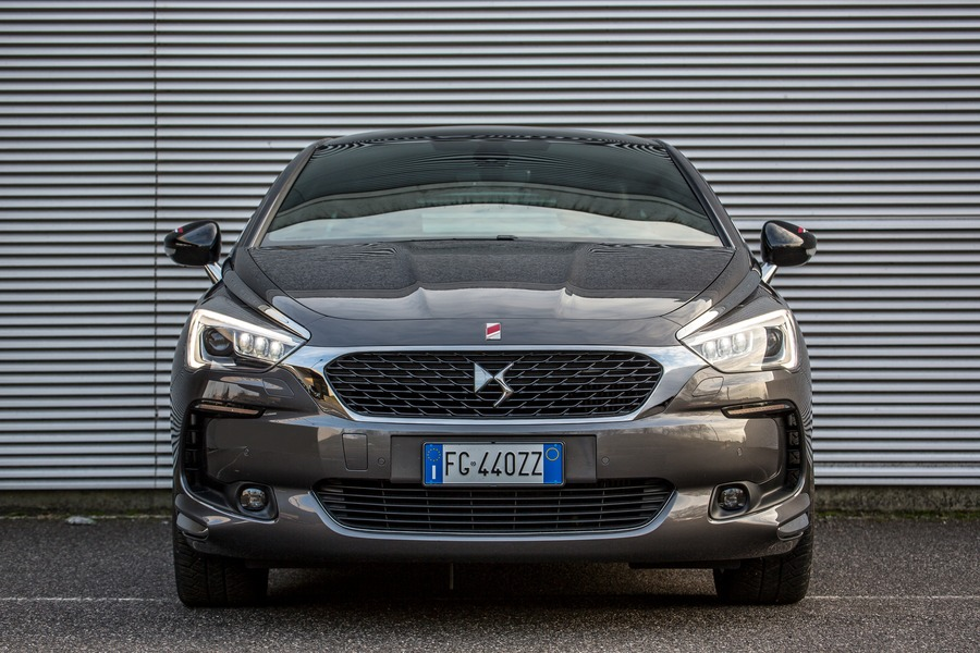 Ds DS 5 DS 5 BlueHDi 150 Performance Line (2)