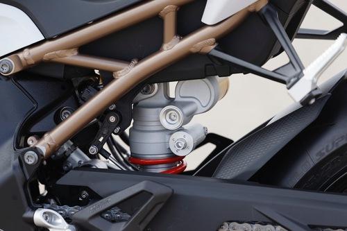 Il telaietto reggisella a traliccio della BMW S1000RR 2019