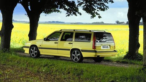 Volvo e la parabola della velocità: dalla 850 T5 SW al limite di 180 km/h (7)