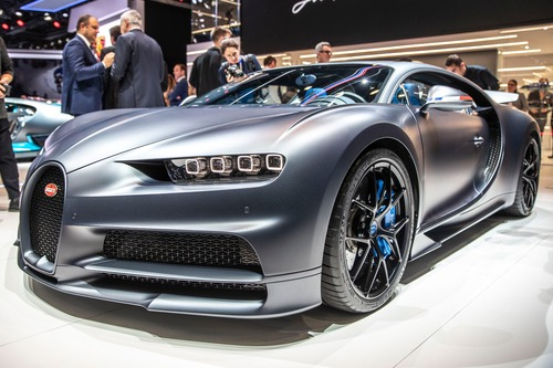 Bugatti Chiron Sport, a Ginevra la serie speciale 110 ans Bugatti